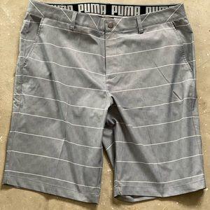 Puma Flat Front Golf Shorts - Men's Sz40